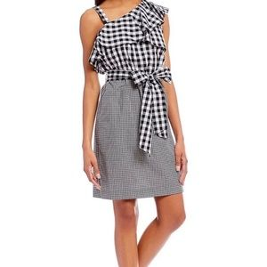 Black and white gingham size 4 Calvin Klein dress